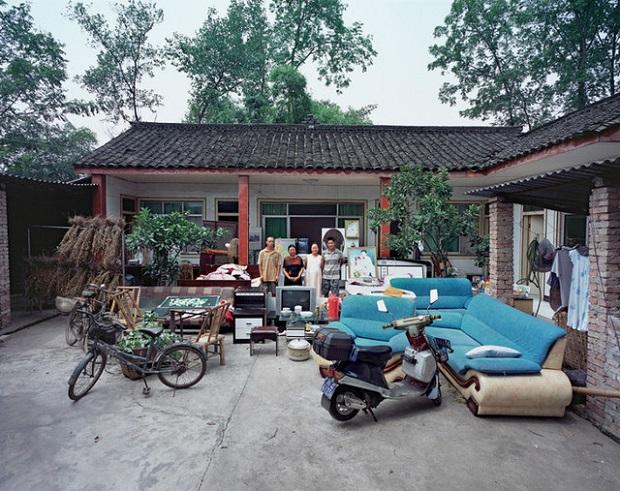 Xiajiang Village, Wulong Township, Jinyuan Town, Dayi County, Chengdu City, Sichuan Province.